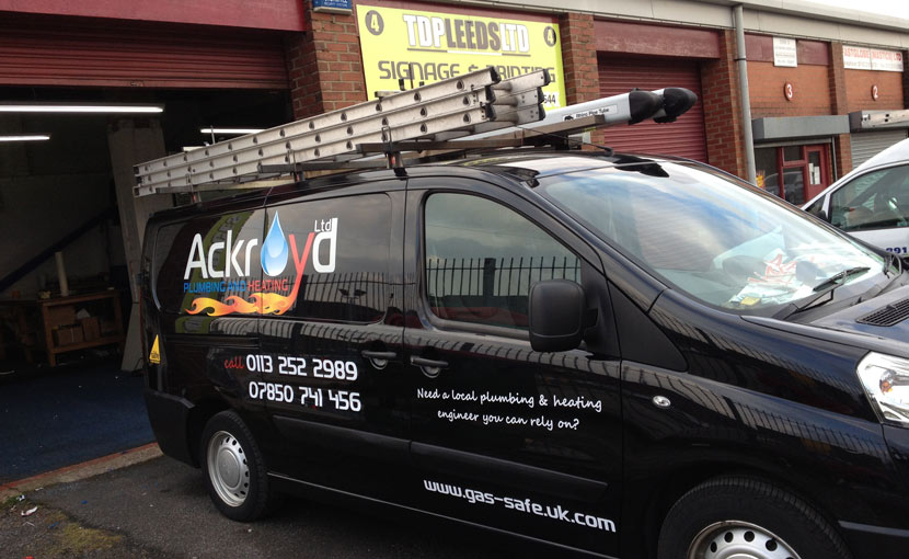 TDP-Leeds-vehicle-graphics-in-Morley-Leeds